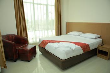 Hotel Mersi Bukittinggi - Deluxe Room Only Regular Plan