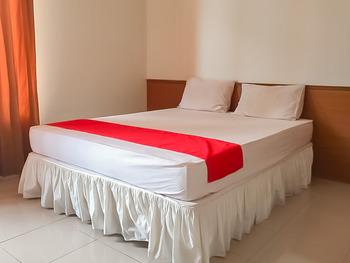 Delima Guest House Syariah Samarinda - RedDoorz Room Best Deal