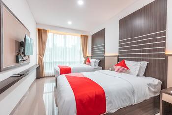 OYO 2233 Bell's Place Bogor - Deluxe Twin Room Regular Plan