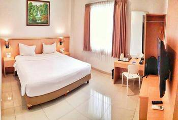 Hotel Dafam Rio Bandung - Deluxe King Room Only Regular Plan