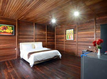Villa Lemon Bandung - Executive Rumah Kayu Regular Plan