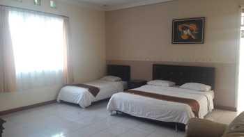 Villa Lemon Bandung - Junior Suite Regular Plan