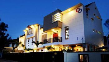 Rumah Tawa Hotel