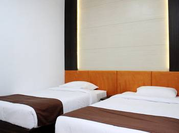 Dinasty Hotel Solo - Superior Room Regular Plan