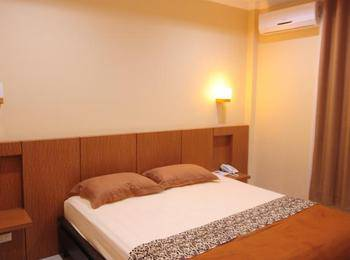 Lembasung Boutique Hotel Tarakan - Standard Double  Room No Breakfast - Kalimantan Deals Regular Plan