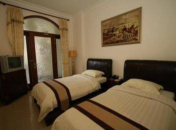 The Grand Palace Hotel Malang Malang - Deluxe Room Only Regular Plan