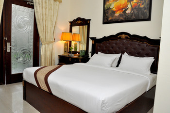 The Grand Palace Hotel Malang Malang - Superior Double or Twin Room Breakfast Regular Plan