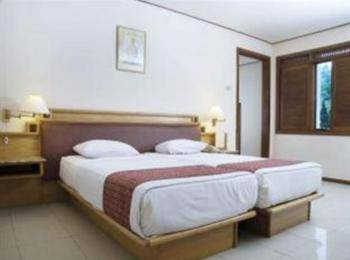 The Cipaku Garden Hotel Bandung - Deluxe Room With Breakfast Weekday Promo