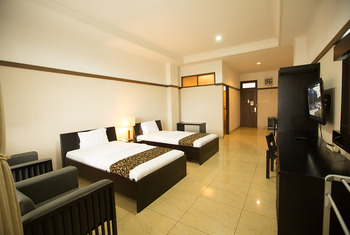 Hotel Cianjur Cianjur - Superior Twin Room - with Breakfast Regular Plan