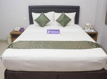 Tinggal Standard at Jalan Anggrek Setiabudi - Superior Room Romantic Stay - 50%