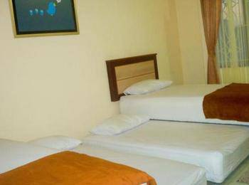 The Cabin Hotel Sutomo Yogyakarta - Family Shared Bathroom LAST MINUTE