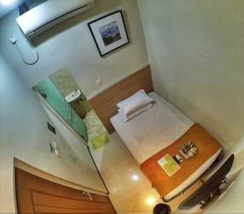 The Cabin Hotel Sutomo Yogyakarta - Small Private Bathroom Room Only Regular Plan