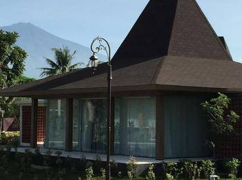 Djoglo Luxury Bungalow Malang