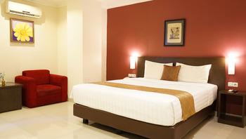 Takes Hotel Jakarta, a PHM Collection Jakarta - Deluxe Residence Room Only SPECIAL DEALS