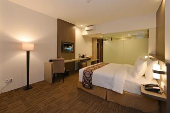 Swiss-Belinn Cibitung - Superior Queen Room Only Regular Plan