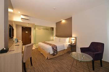 Swiss-Belinn Cibitung - Superior King Regular Plan
