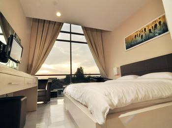 Hotel Royal Jember - Gold Standard Room Only Special Promo