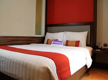 Tinggal Standard at Falatehan Blok M - Superior Room Romantic Stay - 50%