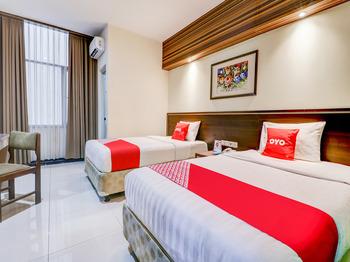 CAPITAL O 3932 Hotel Setrasari Bandung - Deluxe Twin Room Last Minute Deal