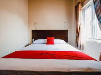 RedDoorz near Halim Perdanakusuma 3 Jakarta - RedDoorz Room Regular Plan