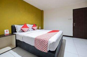 OYO 2552 Hotel Permata Makassar - Suite Double Regular Plan