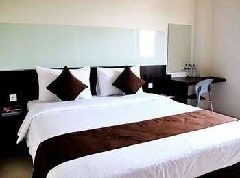 Hotel 88 Embong Kenongo Surabaya - Superior King with Breakfast HOT DEAL