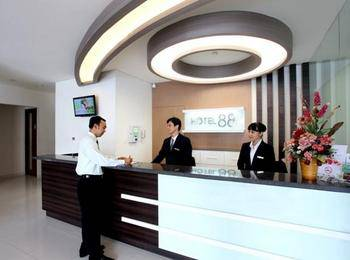 Hotel 88 Embong Kenongo ( Kayoon )