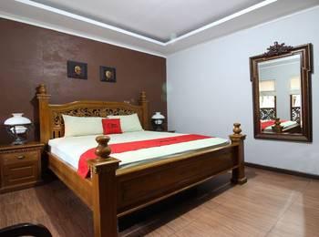 RedDoorz Plus near Tugu Jogja 2 - RedDoorz Superior Room Regular Plan