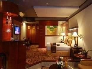 Hotel Savoy Homann Bandung - Junior Suite Great Deal