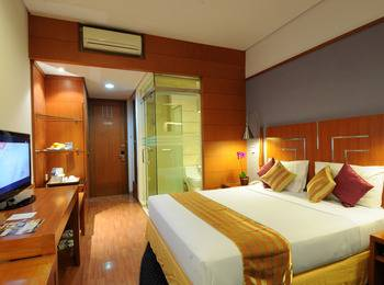 Hotel Savoy Homann Bandung - Deluxe Room Double Bed Regular Plan