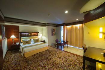 Hotel Savoy Homann Bandung - Suite Room Last Minute Booking