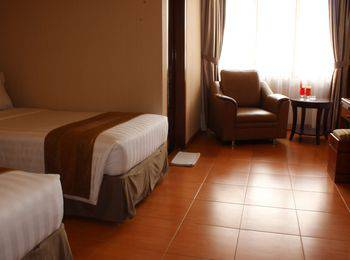 Citra Inn Hotel International & Restaurant Bekasi - Superior Plus Twin Bed Room Regular Plan