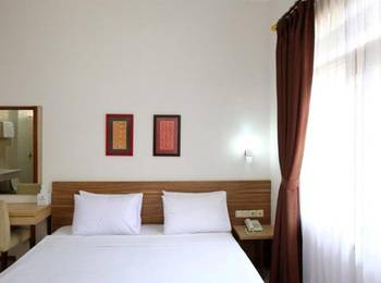 Karmila Hotel Bandung - Standard Double Bed Regular Plan