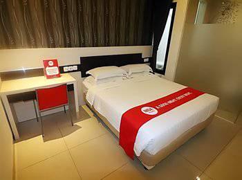 NIDA Rooms Gajahmada Semarang