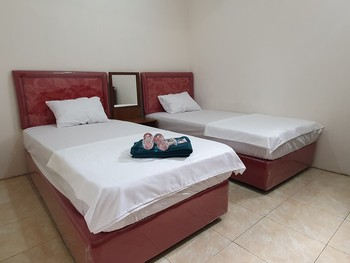 OMO inn Solo Karanganyar - Twin Room Best Deal