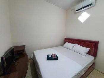 OMO inn Solo Karanganyar - Standard Room Best Deal