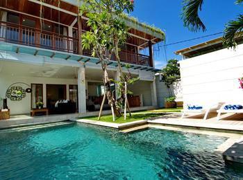 Lumut 3 Villa