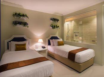 Amalfi Hotel Seminyak - Deluxe Twin Room with Breakfast Last Minute