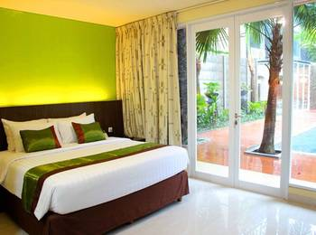 Bali De Anyer Hotel Carita - Deluxe Room (Pool View) Regular Plan