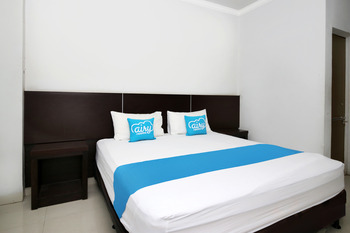 Airy Eco Syariah Rappocini Mapala Raya A2 6 Makassar Makassar - Deluxe Double Room Only Regular Plan