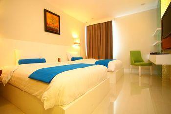 Horison Falatehan - Jakarta Jakarta - Deluxe Twin Room Only Basic Deal Min Stay 2