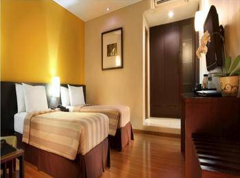 Gumilang Regency Hotel Bandung - Deluxe Twin With Breakfast Special Promo, Save 20%