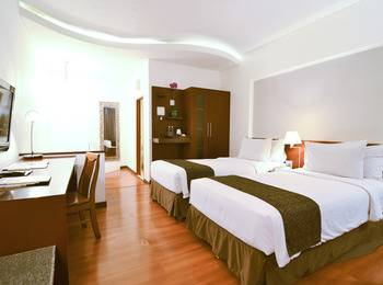 Gumilang Regency Hotel Bandung - Superior Twin Room Only Deal of the day