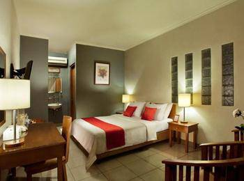 Ilos Hotel Bandung - Superior Room With Breakfast CNY Deals