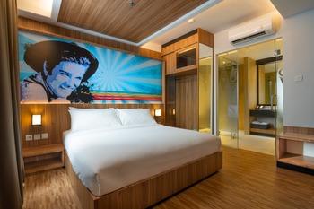 Fame Hotel Jayapura Jayapura - Suite Room Regular Plan