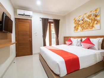 OYO 3018 Vin Stay Bali - Deluxe Double Room Regular Plan