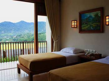 Jimmers Mountain Resort Bogor - Charleston Executive Room Only Longstay Deals