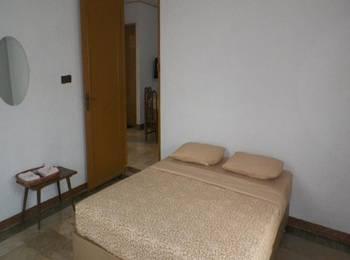 Nur Alam Hotel Lembang - Standard Room Regular Plan