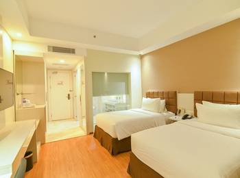 Platinum Balikpapan Hotel And Convention Hall   - Deluxe Room Only Regular Plan