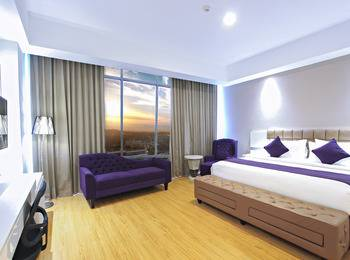 Platinum Hotel & Convention Hall Balikpapan Balikpapan - Junior Suite Room Regular Plan